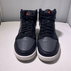 Air Jordan 1s Retro High tops